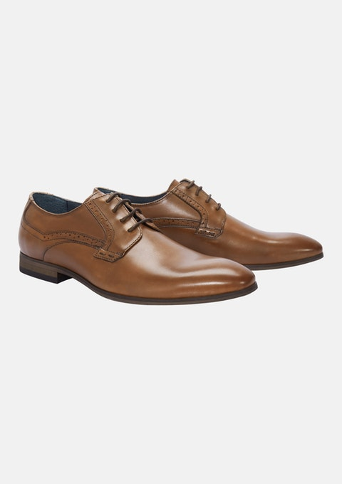 Tan Hubbard Dress Shoe
